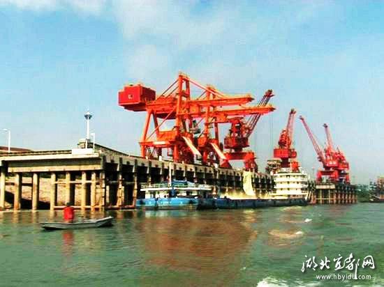 5公里;长江宜都港区由红花套